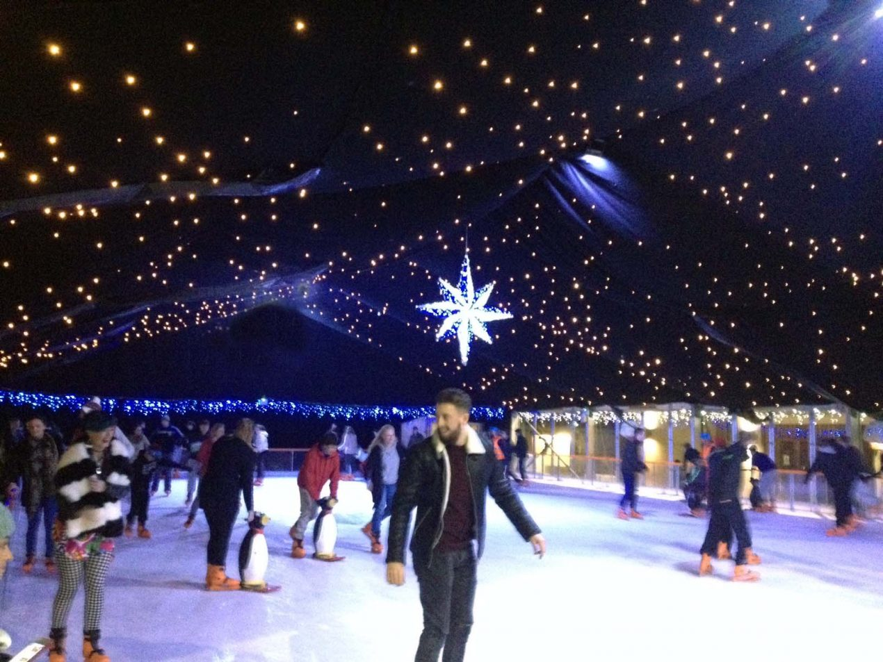 Dundrum On Ice 2015